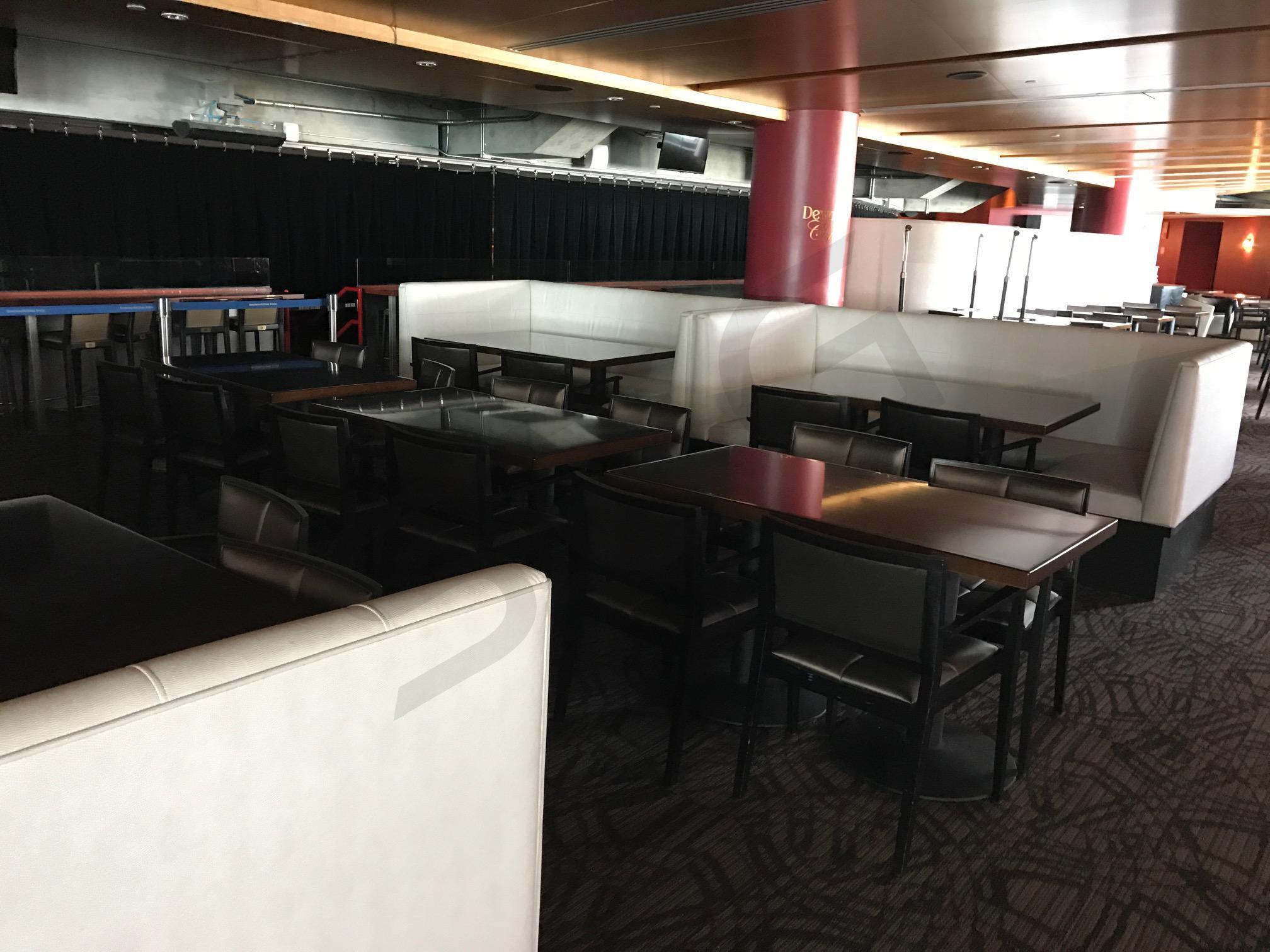 Dewar's Lounge