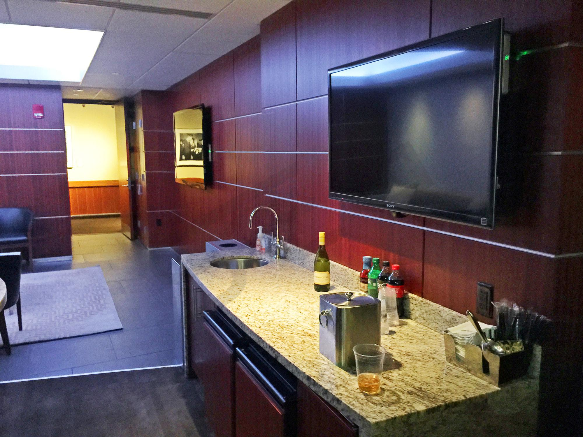Madison Level Suite Interior