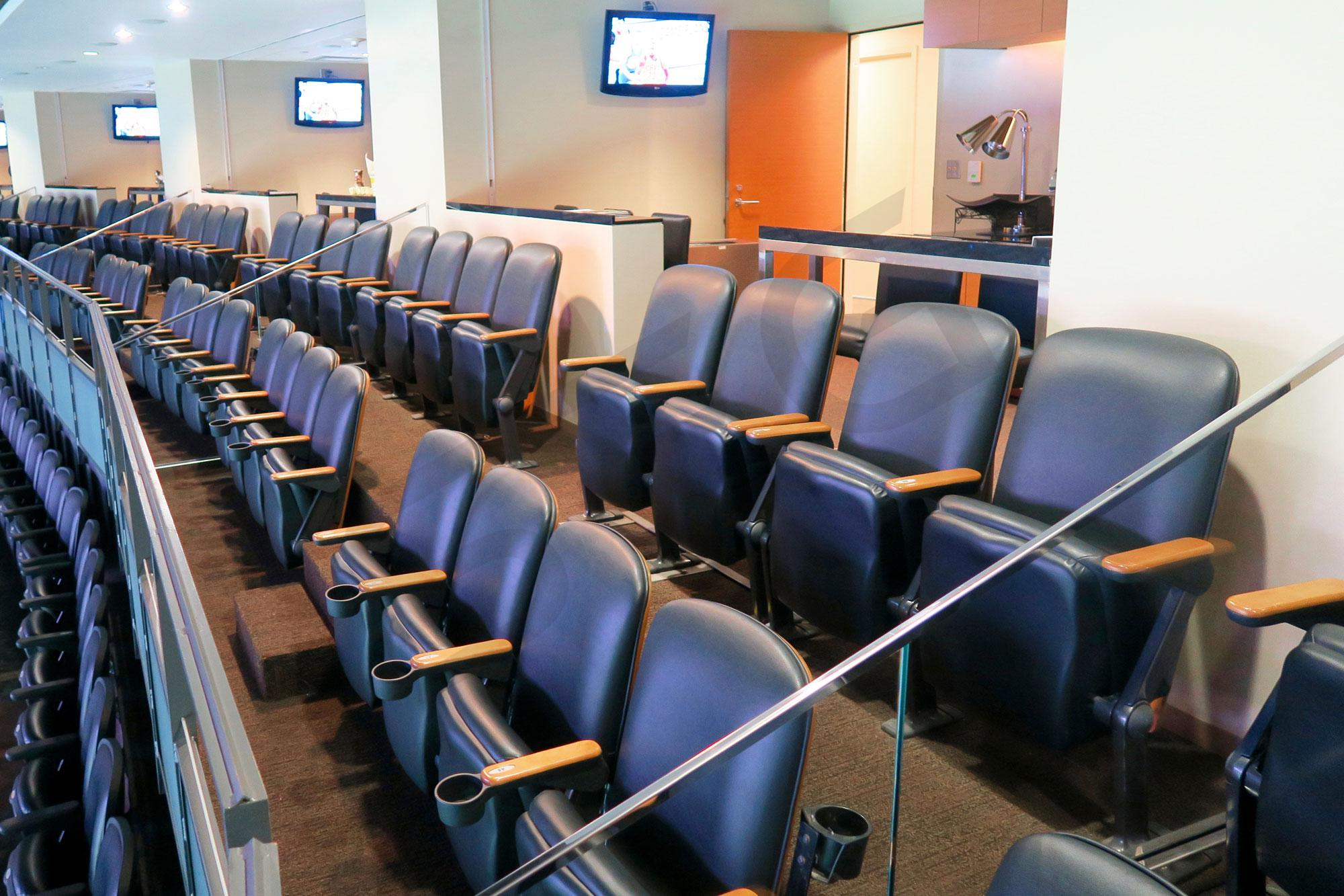 New orleans saints suite rentals mercedes benz superdome for Mercedes benz superdome suites