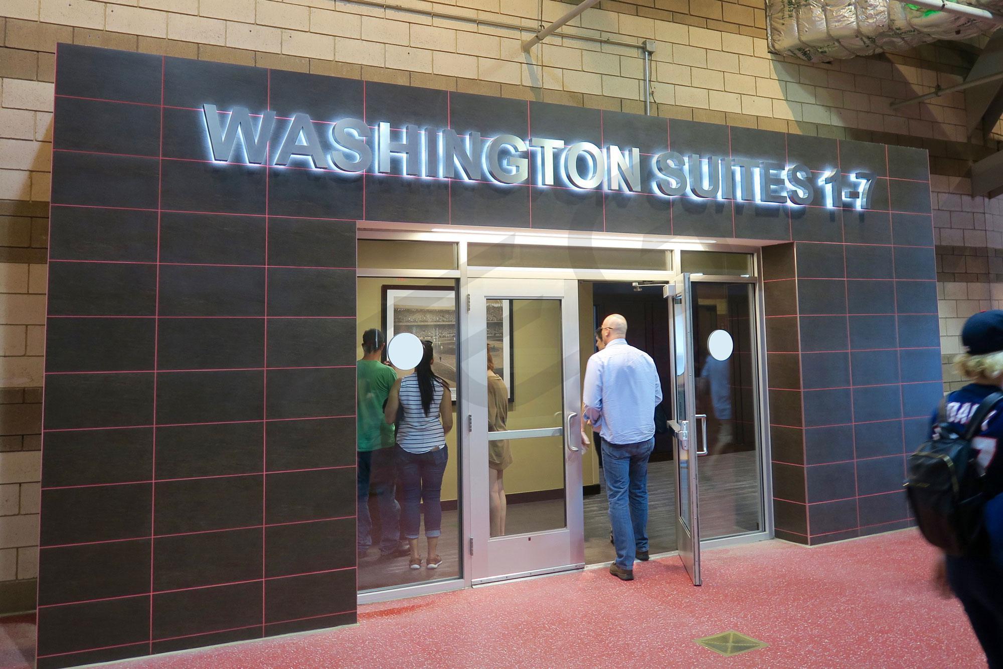 Washington Suite Entrance