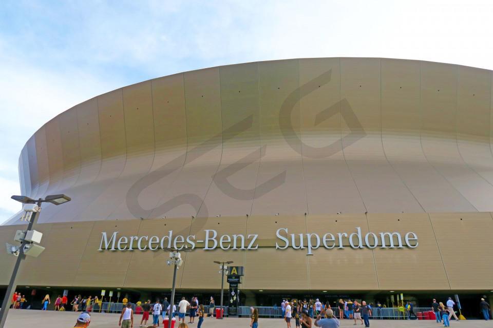 New Orleans Saints Suite Rentals Mercedes Benz Superdome