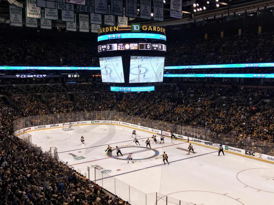 Boston Bruins Suite Rentals   TD Garden on bruins seats, timberwolves seats, grizzlies seats, raptors seats, rockets seats, hornets seats, cavs seats, suns seats, indians seats, steelers seats, patriots seats, clippers seats, broncos seats, wizards seats, sixers seats, pacers seats, new york knicks seats, thunder seats, lions seats, movies seats,